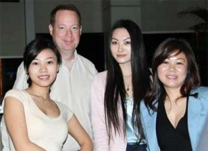 Meet 500 to 2000 beautiful Asian women during our tours