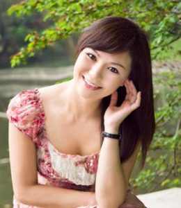 Chinese personals. Meet women from Asia, China & Hong Kong.
